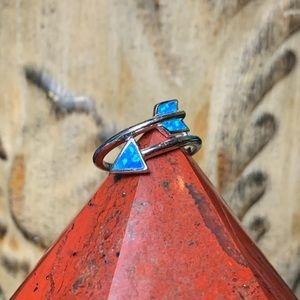 🌹NWT Sterling silver & zuni opal arrow ring